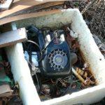 黒電話。レース関係ないシリーズ。処分の仕方はともかく何とも味わい深い